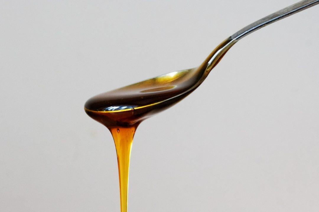 Honig mit Kräutern