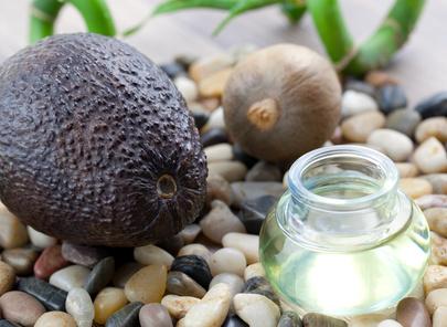 Artikelgebend sind Öle etlicher Kräuter und Früchte.