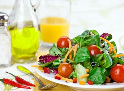 Ideal für Salate und Suppen: Sauerampfer