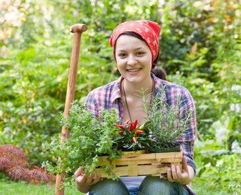 Junge Gärtnerin