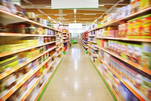 Grün, frisch, aromatisch - Kräuter wachsen jetzt auch im Supermarkt