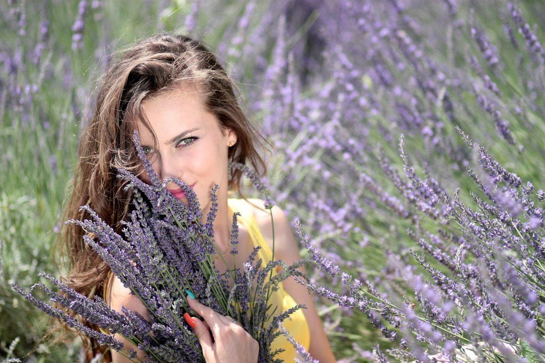 Kräuter und Haare: Natürliche Pflege für jeden Typ