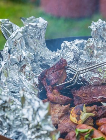 Grillsaison: Lecker und gesund grillen mit frischen Kräutern