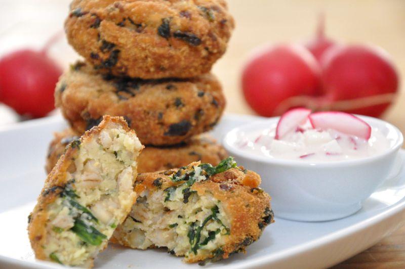 Rezept: Vegetarische Grünkernbratlinge mit Gemüse